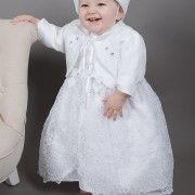 Wunderbare Fotos Junge Prinzessin Taufkleid
