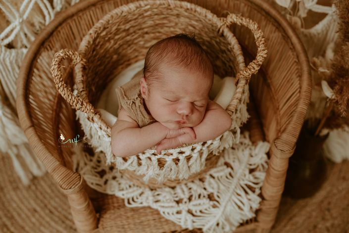 shooting-kinder-fotografin-barleben-wolmirstedt-magdeburg-fotoshooting-outdoor-neugeboren-vintage-indoor-baby-newborn
